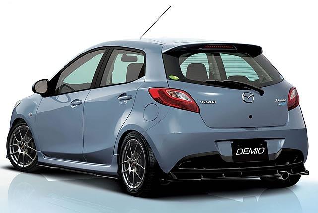 demio1-rear