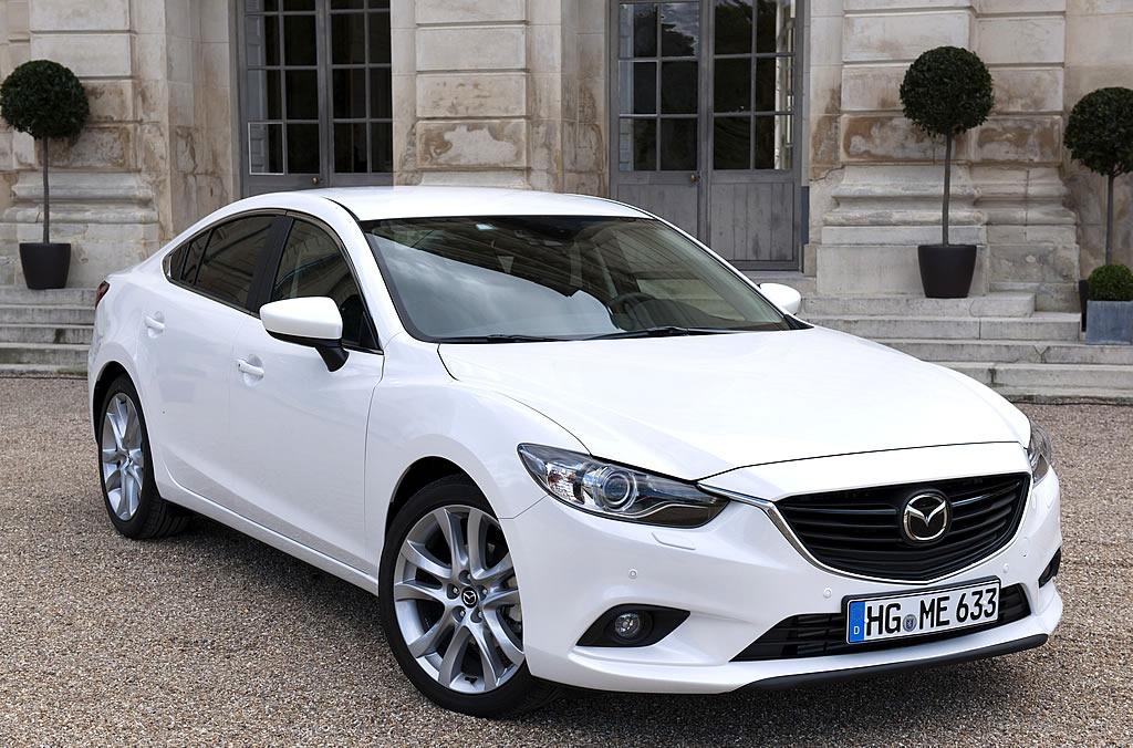白の公式写真も登場 新型mazda 6 アテンザ イギリスでの販売開始は2013年1月より。 Mazda Fan Community マツダ・ファン・コミュニティ