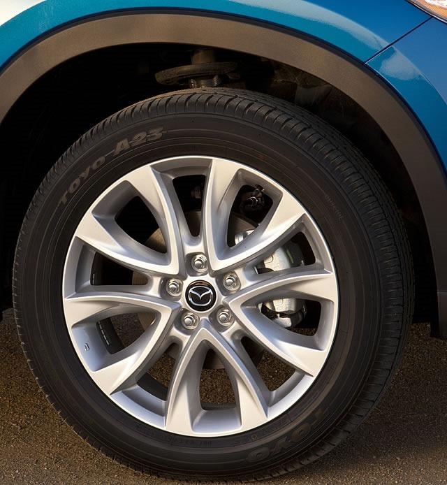 2013_Mazda_CX-5