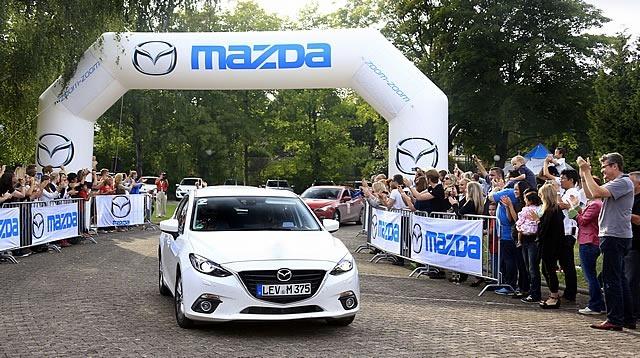 Mazda_route3_goal